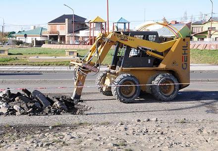 Reparan calzada de Avenida San Martín
